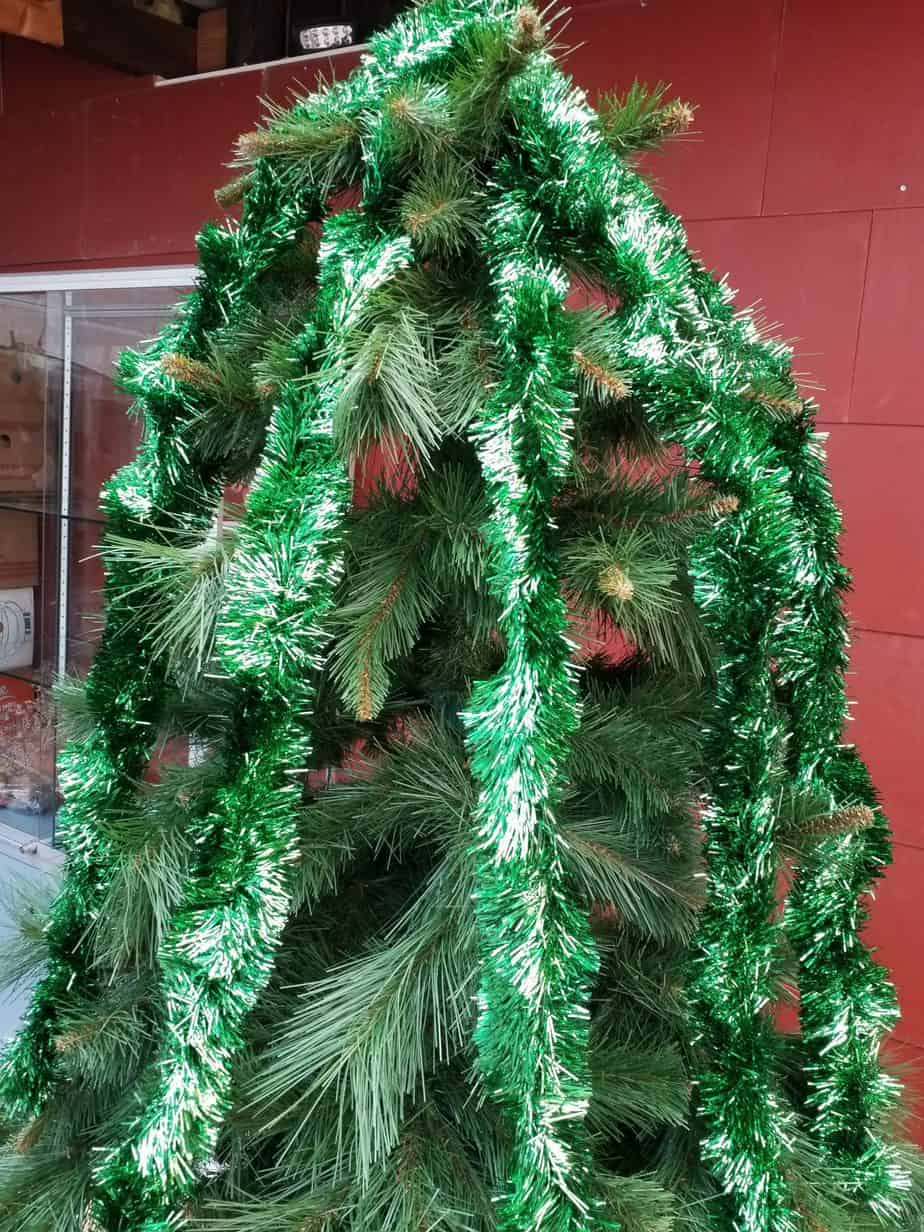 Garlands green, 65mm thick, 210cm long, 9 pieces