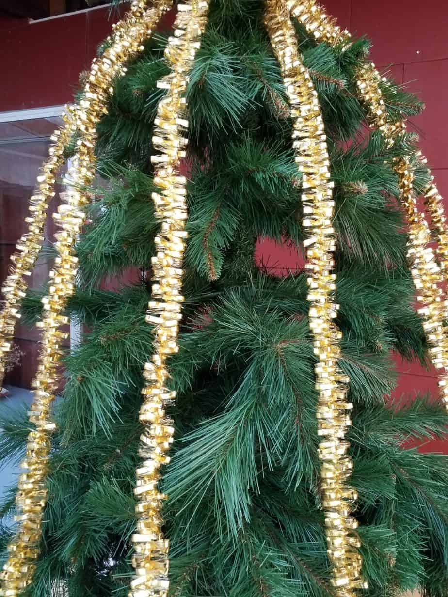 Garlands gold, 38mm thick, 300cm long, 10 pieces